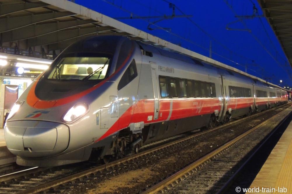 イタリア国鉄ETR600電車